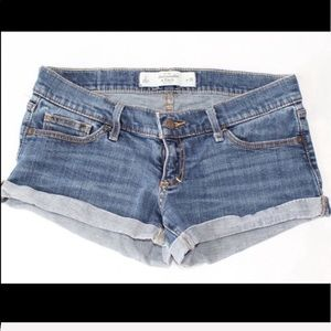 Abercrombie & Fitch New York jean shorts